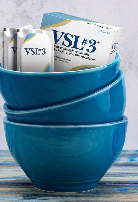 VSL#3 Packung und drei blaue Schüssel
